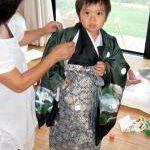 七五三のお祝いで袴をはくのは男の子、七五三3歳と5歳で袴を着用のサムネイル画像