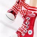 大人気のハイカットスニーカー×靴下の最強にかわいい組み合わせのサムネイル画像