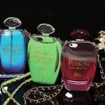 香水瓶のiphoneケースが個性的でかなり可愛い♪おすすめです♪のサムネイル画像