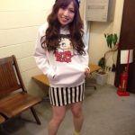 ストライプスカートが可愛い!おしゃれなコーデをカラー別で大公開!のサムネイル画像