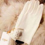 レディース手袋なら、手が美しく見える白い手袋がおすすめ!のサムネイル画像