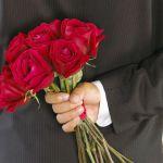 プロポーズには指輪と花束が必須です!女性は花束が大好きですよ。のサムネイル画像