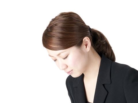 大人の女性として知っておきたい!お葬式のマナーに反しない髪型|MARBLE [マーブル]