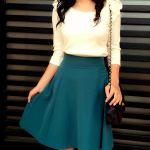 グリーンのスカートをおしゃれに着こなしたい!コーデを紹介!のサムネイル画像