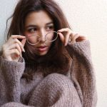 今流行りのメガネとは!?メガネと合わせたコーデまで紹介します!のサムネイル画像