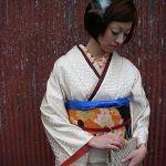 中古が可愛い!カラフルでキュートなアンティーク着物が欲しい!のサムネイル画像