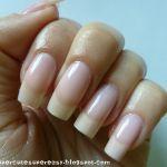 綺麗な爪は指が綺麗に見える?ジェルネイルで長さ出しをする方法!のサムネイル画像