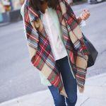レディースのオシャレはストールにある!参考にしたいファッション!のサムネイル画像