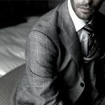 【ブランドで素敵ネクタイを探す】ネクタイ姿が似合う男性はモテる♪のサムネイル画像