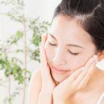 肌の水分量が低下すると乾燥肌に…肌の水分量を増やす方法とは?のサムネイル画像