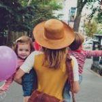 おでかけはニット帽とハットでおしゃれに♡ ママの春コーデ23選♪のサムネイル画像