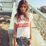 女の子も軽快にカジュアルを着こなそう♪レディース☆Tシャツ20選‼のサムネイル画像