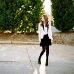黒のフレアスカートは女性の必須アイテムです♡可愛くいたいから♡のサムネイル画像