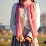 シンプルコーデにぴったり♡魅力満点な春夏ストールコーデ!のサムネイル画像