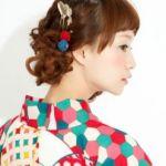 【成人式】おしゃれな女子の振袖姿どんなヘアスタイルか知りたい!のサムネイル画像