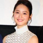 白がかわいい春コーデ♡ 佐々木希ちゃんのコーデをまねっこ! のサムネイル画像