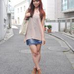 レディースに人気のミニスカートやパンツを履いたコーデをご紹介♡のサムネイル画像
