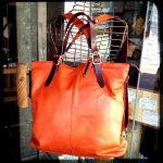 絶対欲しい!レディースに人気のおしゃれな革のバッグをご紹介♡のサムネイル画像