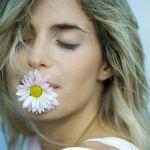 ローズをまとって儚げ美人に。「L'EST ROSE」で一味ちがう春コーデのサムネイル画像