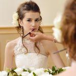 花嫁さん必見!華やかで可愛いブライダルヘアメイクのサムネイル画像