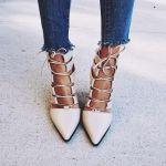 靴の流行に敏感な人はいち早く流行を取り入れられる!流行りの靴紹介のサムネイル画像