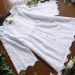 コーデの幅が広がる白いチュニックは1枚あると重宝する優れモノ!のサムネイル画像