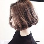 ちょっと変わった髪の毛に!グラデーションカラーでおしゃれヘアのサムネイル画像