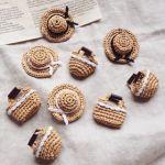 幼いなんて言わせない!かごバッグ&カンカン帽で作る大人コーデのサムネイル画像