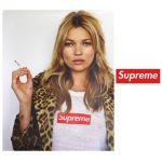 『シュプリームのTシャツ』をコーデに取り入れておしゃれ番長に♡のサムネイル画像