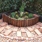 レンガ敷石であなたの庭がヨーロッパカントリー風に生まれ変わる!のサムネイル画像