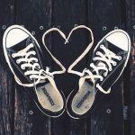 春夏のお散歩はコンバース&リュックでカジュアルなおでかけコーデ♡のサムネイル画像