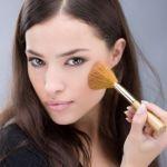 きれいな女性はみんな持ってるメイクブラシ!おすすめケース7選のサムネイル画像