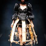 日本の文化【ゴスロリファッション】の第一歩はフリルブラウス♡のサムネイル画像