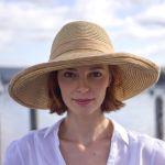 ママだっておしゃれな帽子をかぶりたい☆どんなコーデが人気?のサムネイル画像