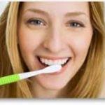 重曹は歯磨き粉としても効果を発揮する?重曹歯磨き粉の作り方とは?のサムネイル画像