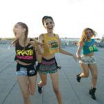 人気ストリートブランドのTシャツで、大人ストリートコーデに挑戦!のサムネイル画像
