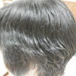 癖毛で悩んでいる方必見!癖毛の理由とおすすめのシャンプーのサムネイル画像
