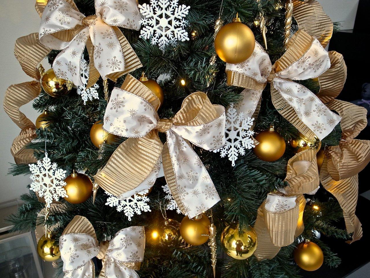 可愛いクリスマスツリーのリボンオーナメント|MARBLE [マーブル]
