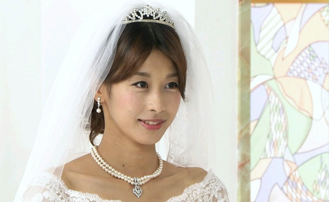 ドレスを着た超絶美しい加藤綾子