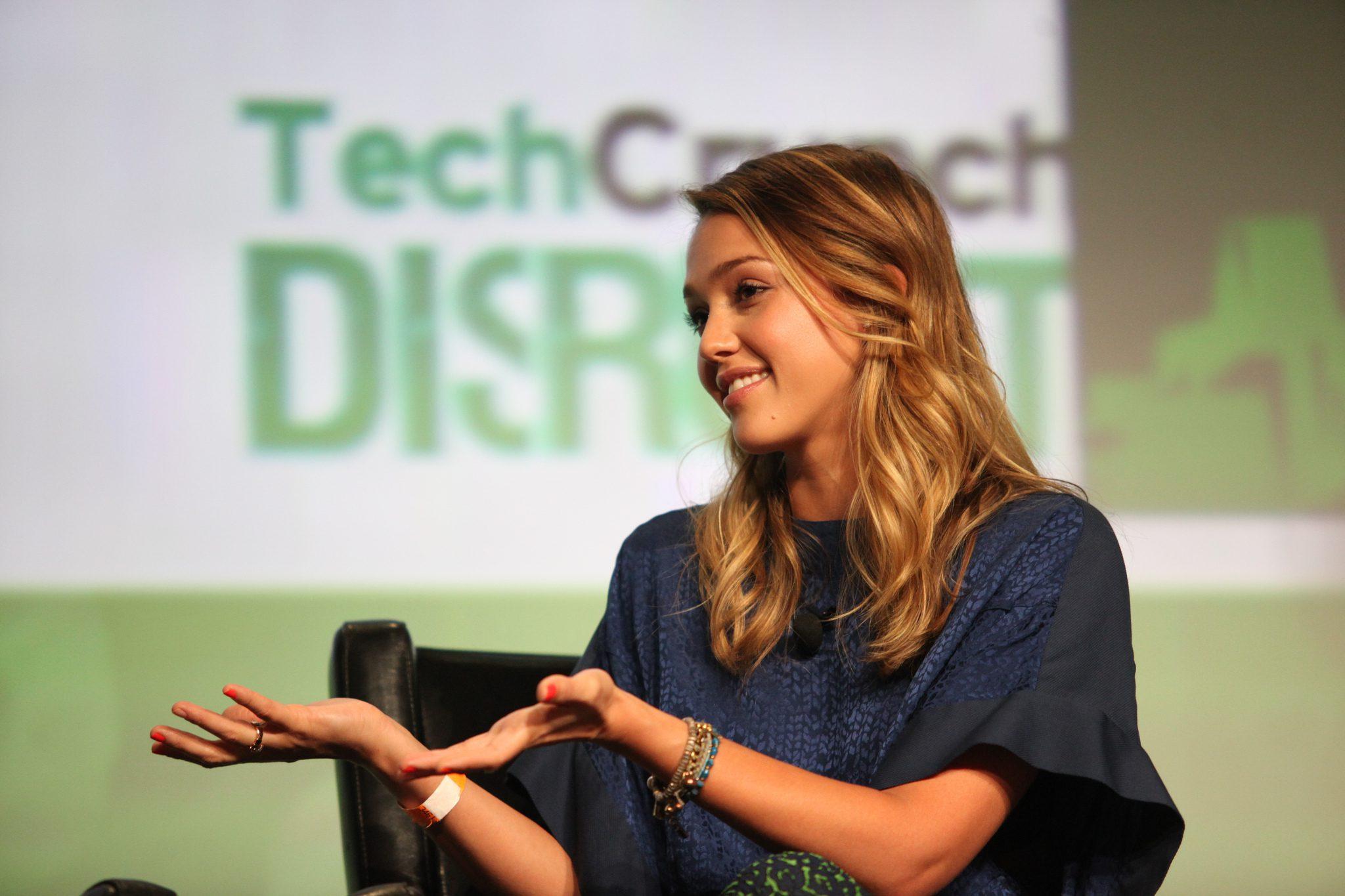 女優から転向し1000億円企業The Honest Companyを作ったジェシカ・アルバ(Jessica Alba)とシリアルアントレプレナー ブライアン・リー(Brian Lee)による起業家へのアドバイス!