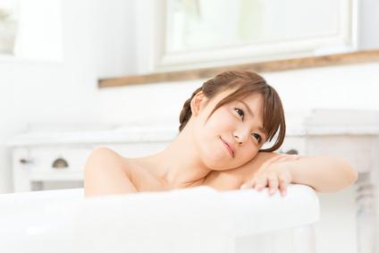 冷え性改善で健康スリムな美肌女子!高温反復浴+雪塩がオススメ