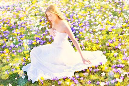 """美しさは「若さ」だけじゃない!""""真の美しさ""""を身につけて、いくつになっても「人生のヒロイン」でいられる方法"""