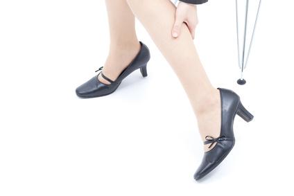 脚太に丸顔…部分太りの原因はむくみ!1分のケア&カリウムで解消