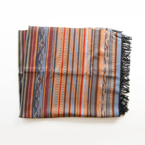 ブランケット Chimayo Fringed Throw Adobe