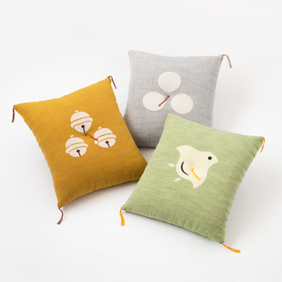 型染め本縫い小座布団