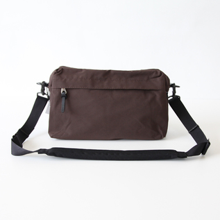 WEEKEND SHOULDER BROWN