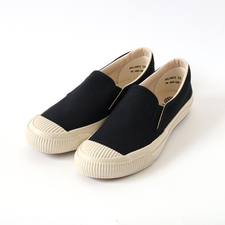 SHELLCAP SLIP-ON KURO/OFF