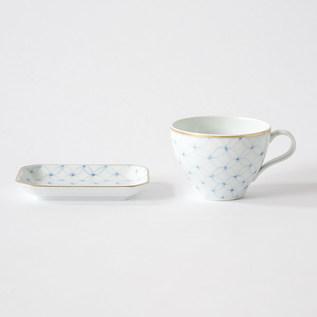 フィナンシェと紅茶の器