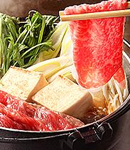 【神戸ポークのウインナー付きお歳暮一番人気!】 神戸牛 すき焼き用 ばら肉切り落とし肉 1000g入り  4-6人前 【※3か月先まで配送予約可能!】