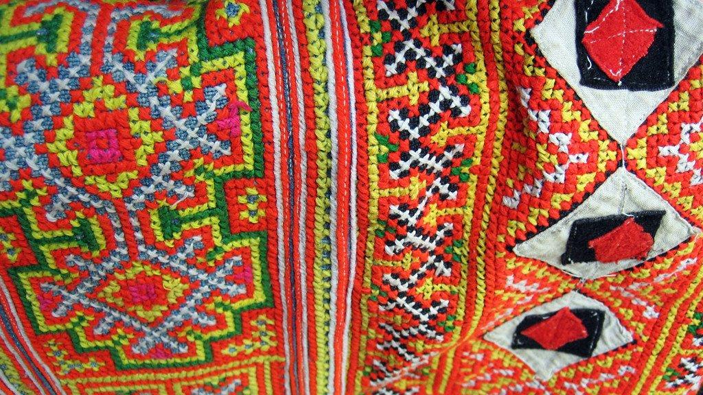 Hmong Embroidery | Ethnotek